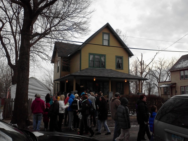 A Christmas Story House, crowded with visitors